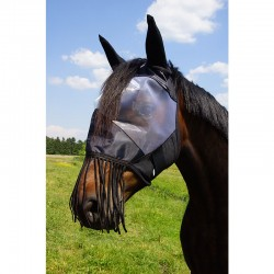 Fly mask with nosefringes